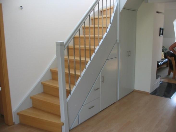 treppe mit einbauschrank blascheck tischlerei. Black Bedroom Furniture Sets. Home Design Ideas